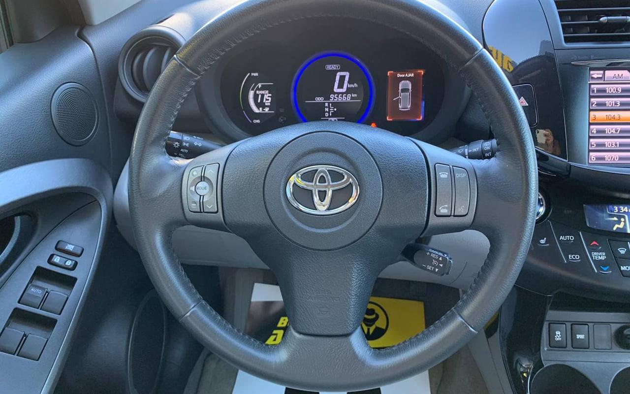 Toyota RAV4 EV 2013 фото №15