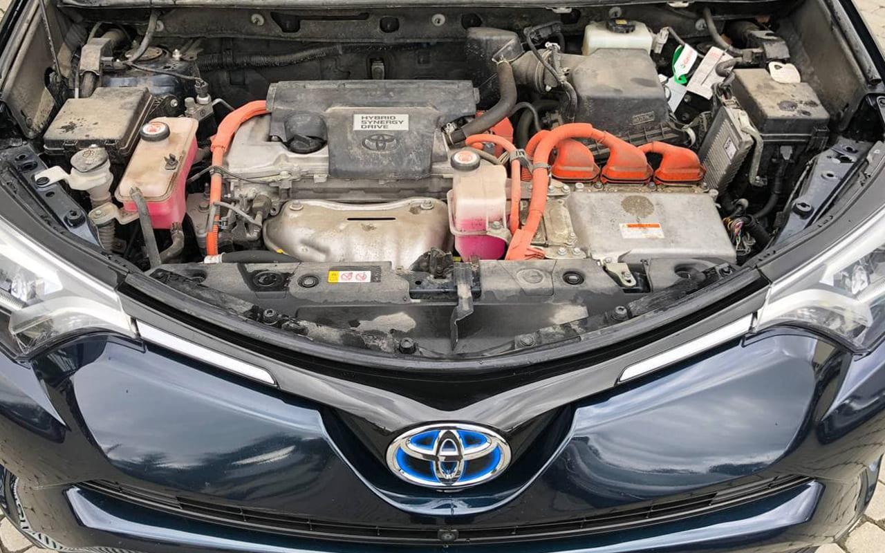 Toyota RAV4 2018 фото №20