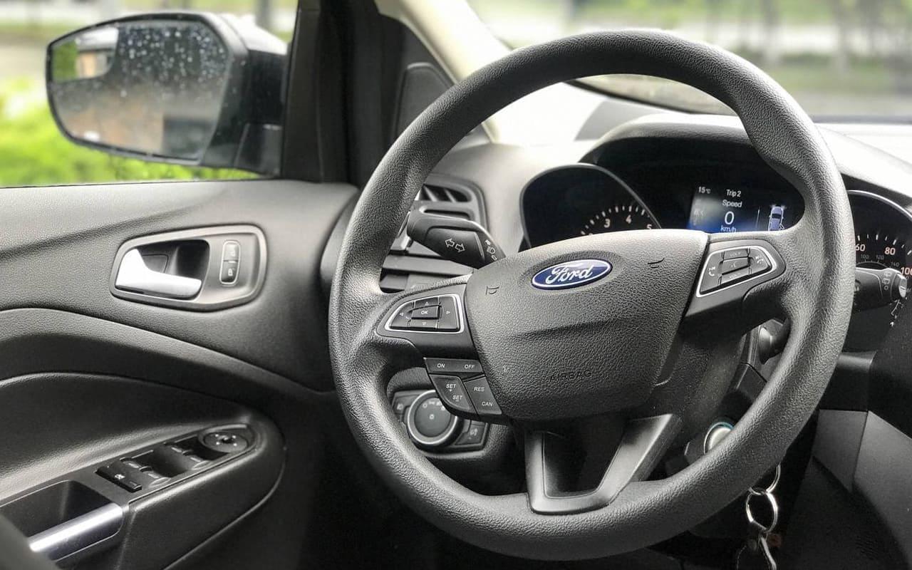 Ford Escape Se 2018 фото №19