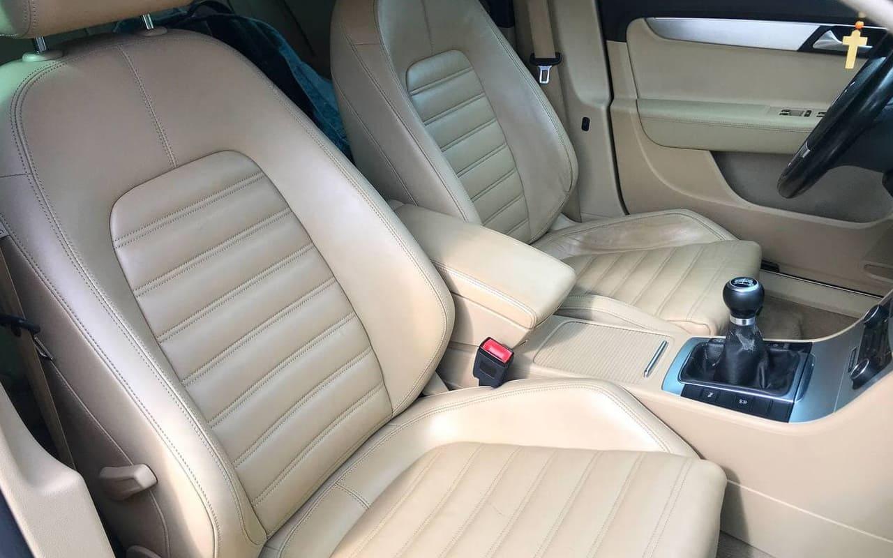 Volkswagen Passat 2011 фото №16