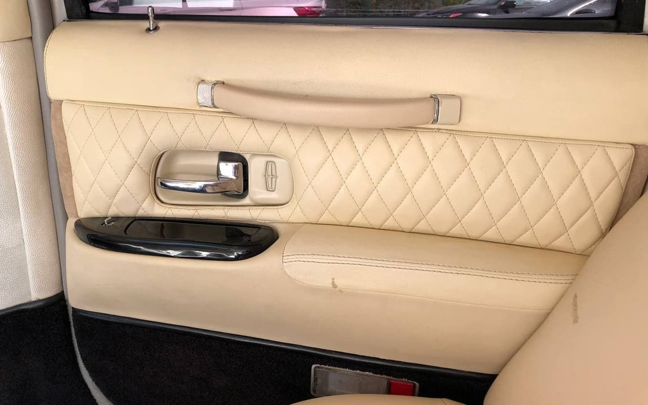 Lincoln Town Car 2005 фото №17