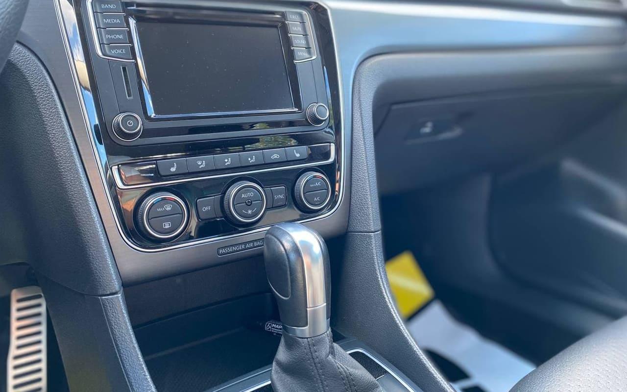 Volkswagen Passat 2018 фото №15
