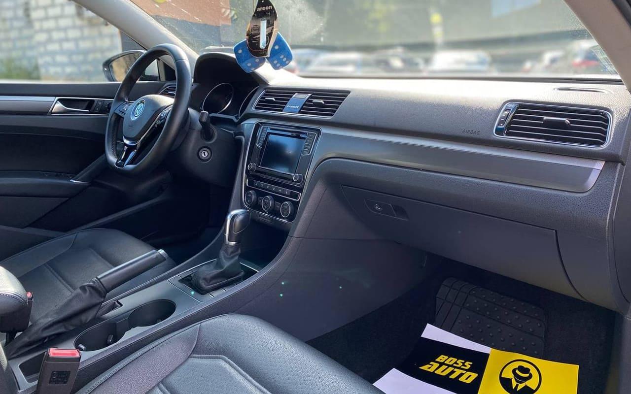 Volkswagen Passat 2018 фото №17