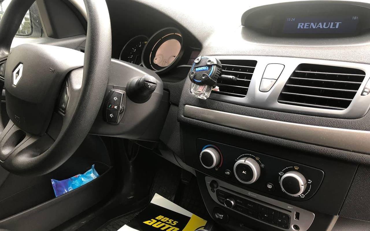Renault Megane 2013 фото №16