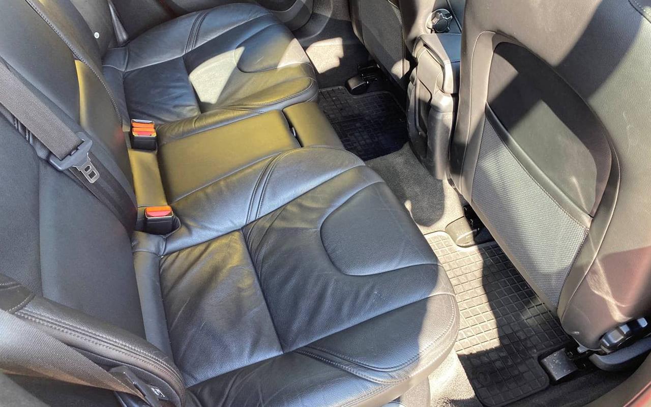 Volvo V40 2012 фото №17