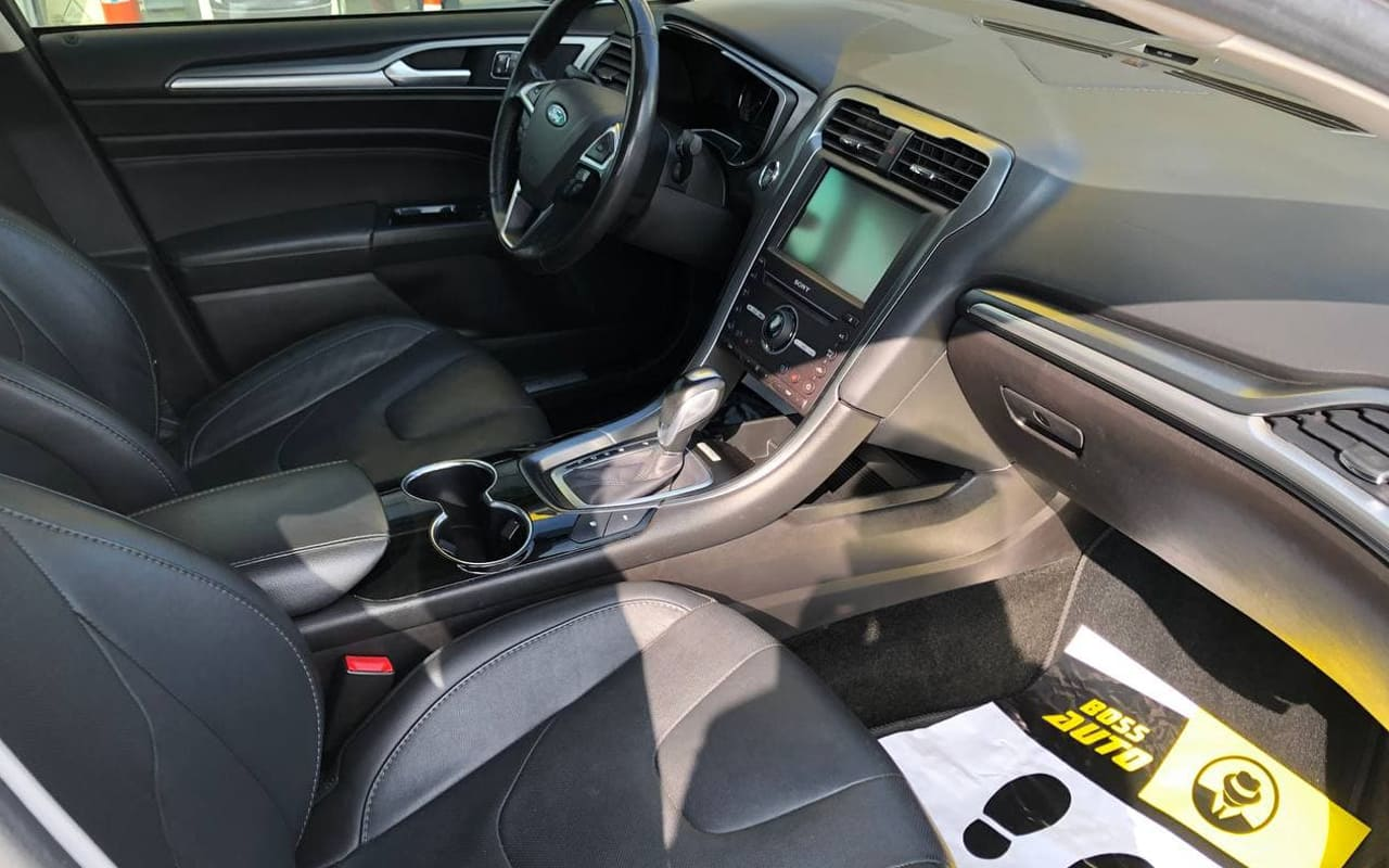 Ford Fusion Titanium 2015 фото №17