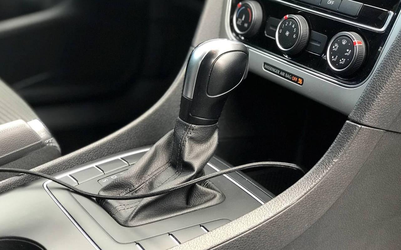 Volkswagen Passat S 2018 фото №14