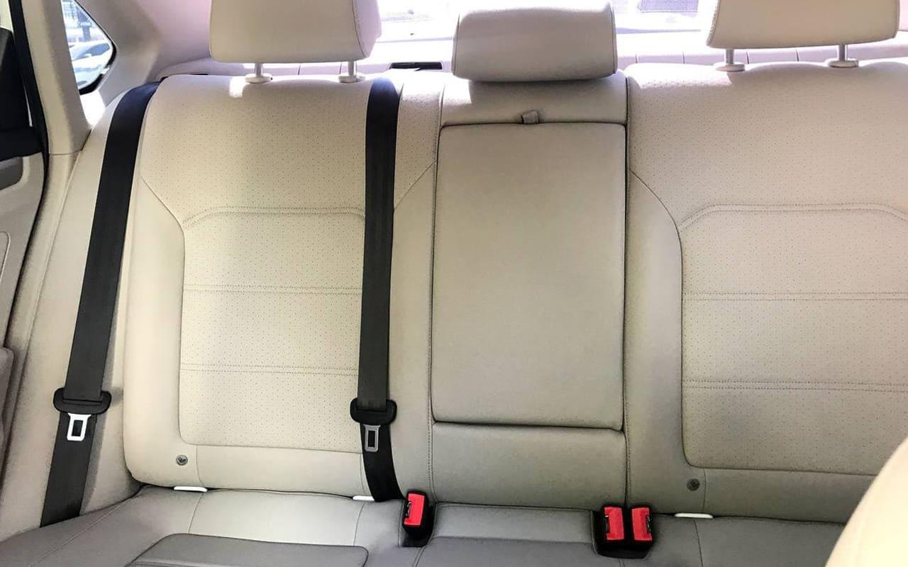 Volkswagen Passat SE 2019 фото №16