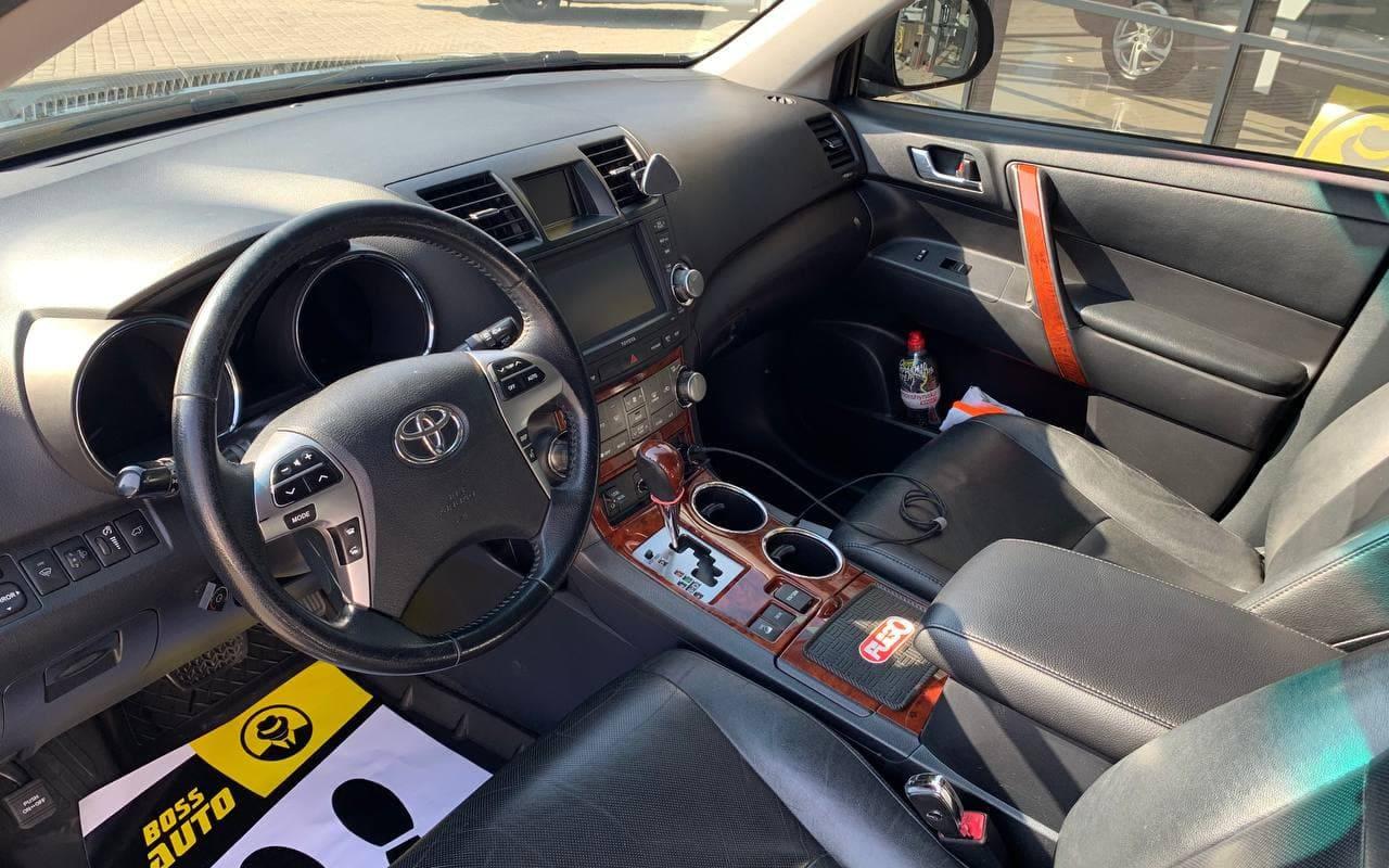 Toyota Highlander 2012 фото №16