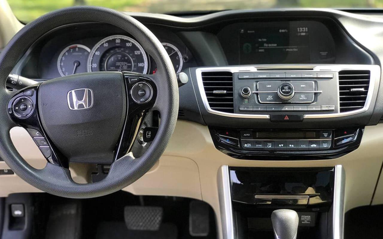 Honda Accord LX 2016 фото №13