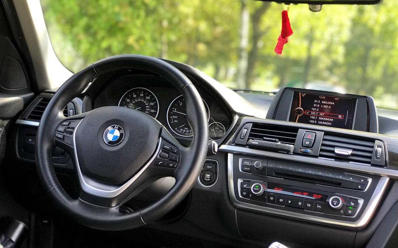 BMW 328 2012 фото №14