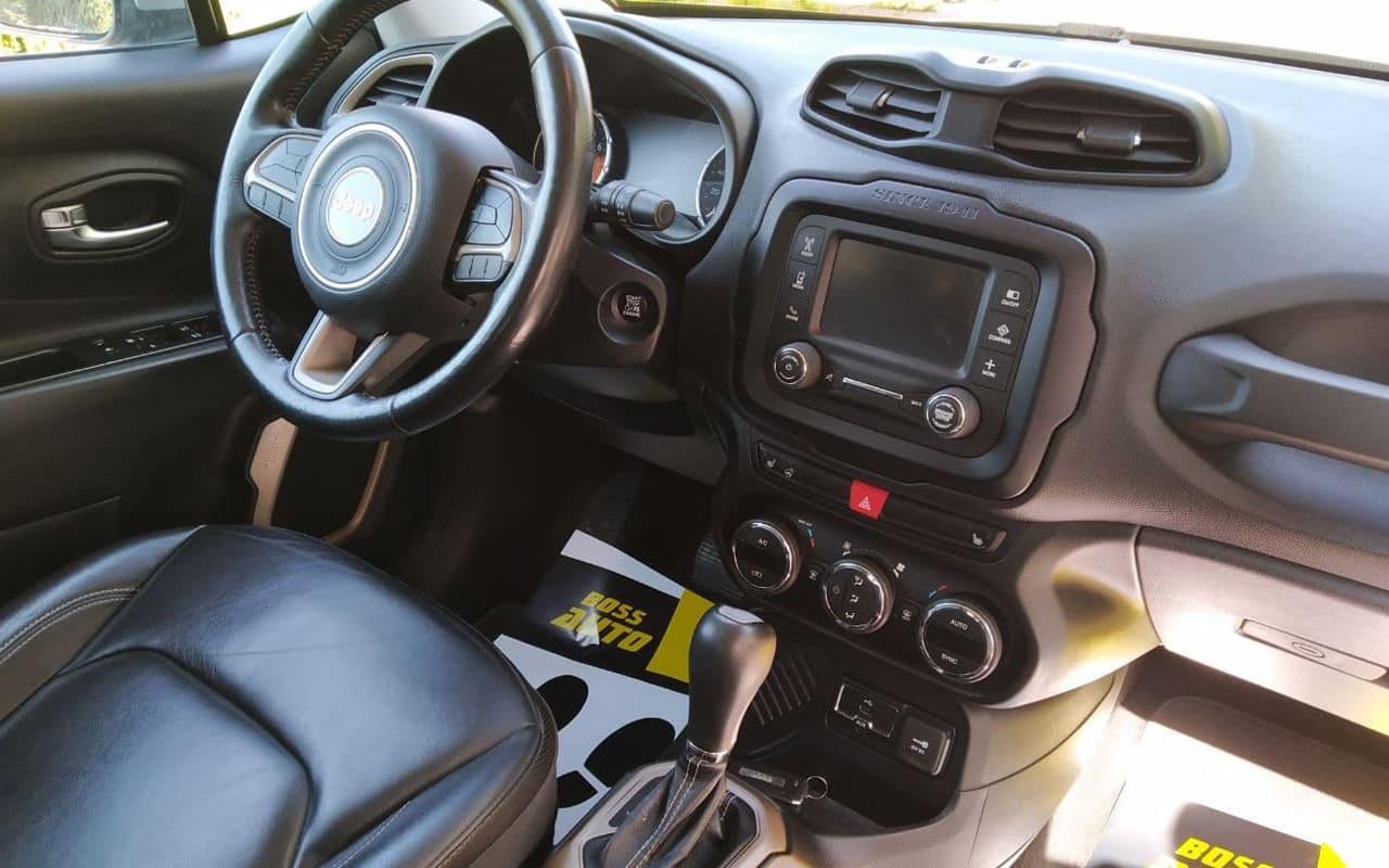 Jeep Renegade 2015 фото №13