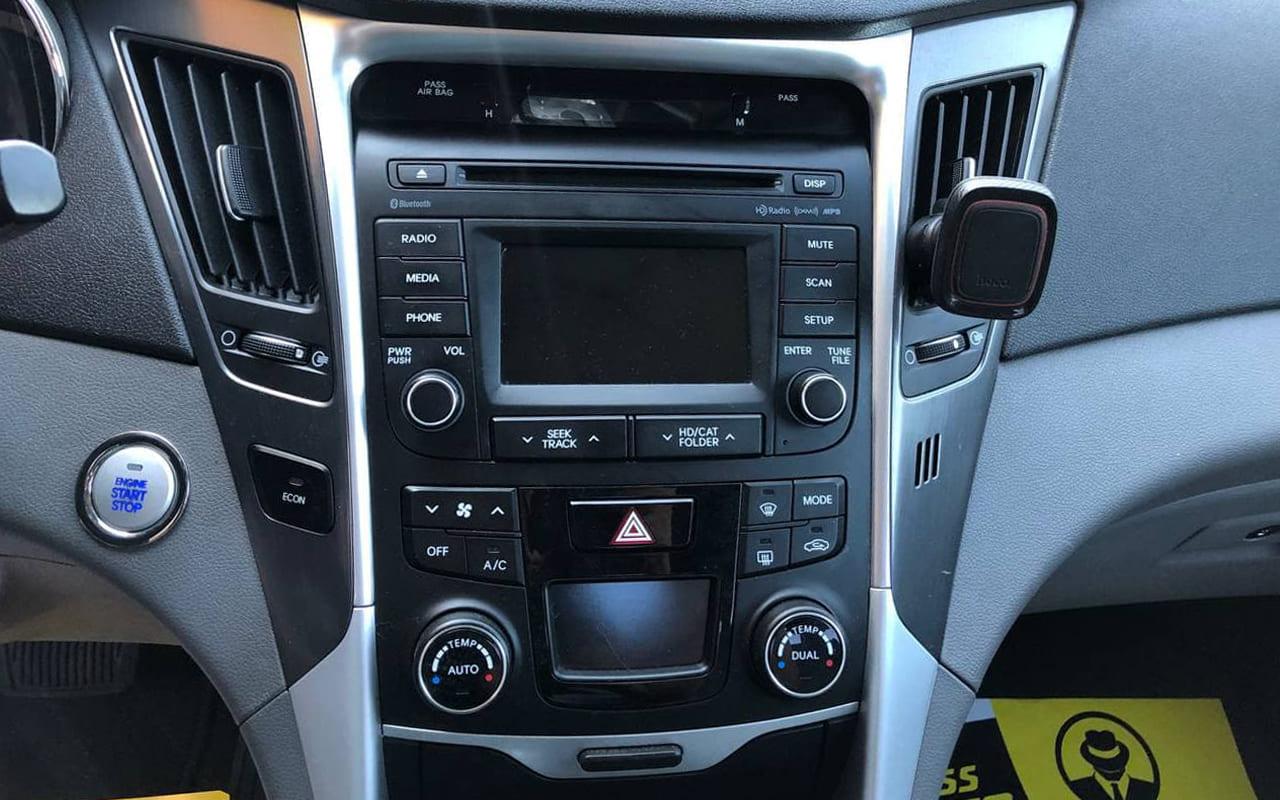 Hyundai Sonata 2014 фото №11