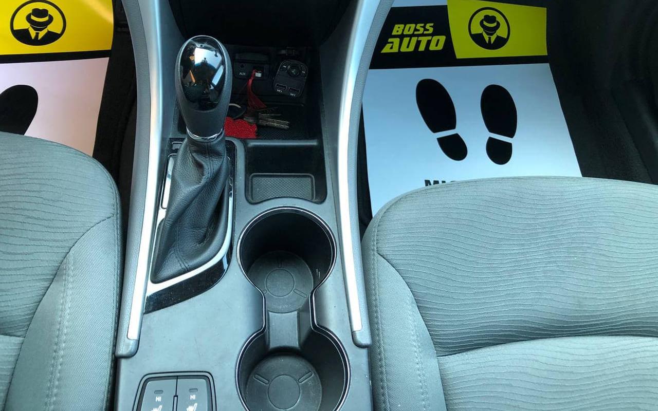 Hyundai Sonata 2014 фото №12