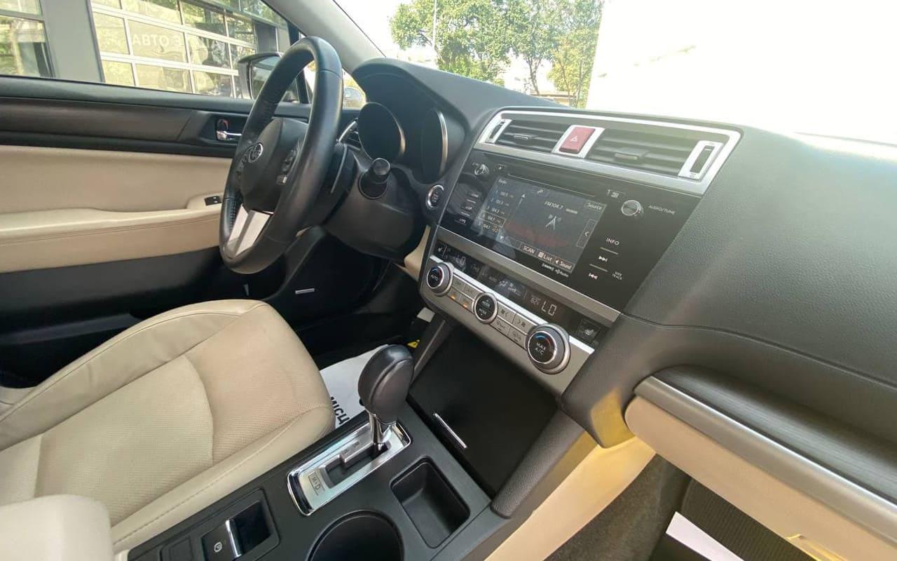 Subaru Legacy 2014 фото №17