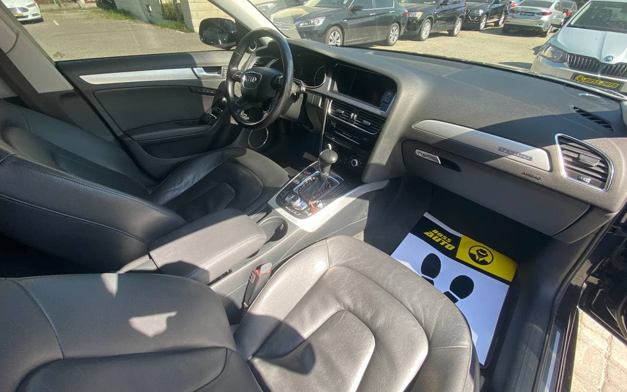 Audi A4 Premium Plus 2013 фото №18
