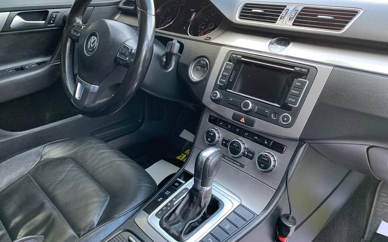 Volkswagen Passat 2014 фото №19