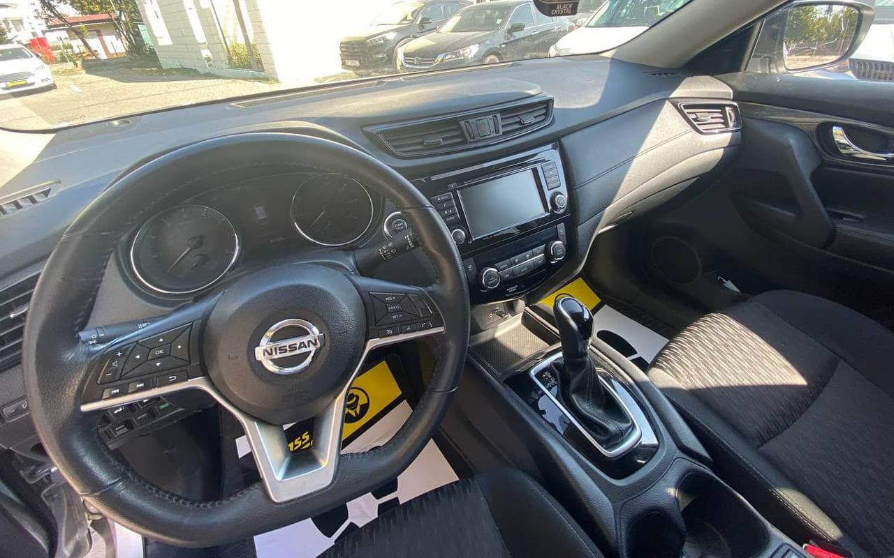 Nissan Rogue SV 2018 фото №16