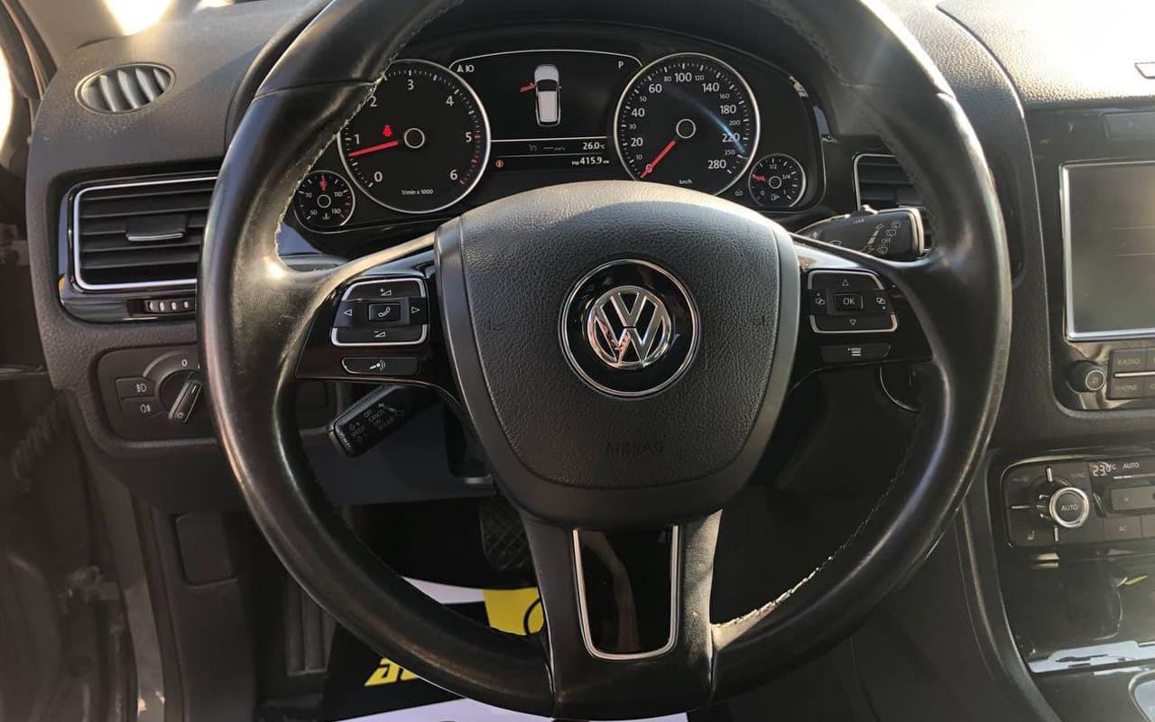 Volkswagen Touareg 2013 фото №14