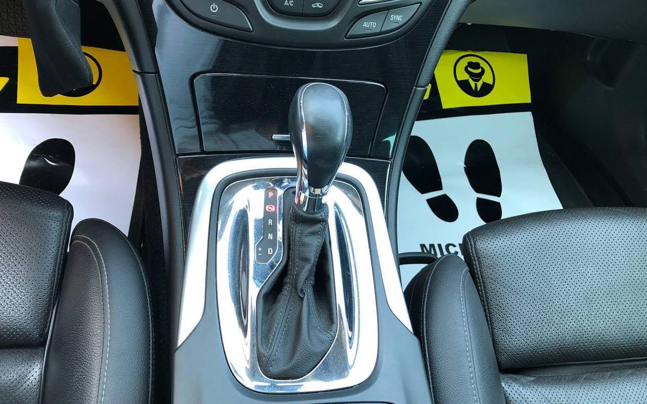 Opel Insignia 2016 фото №11