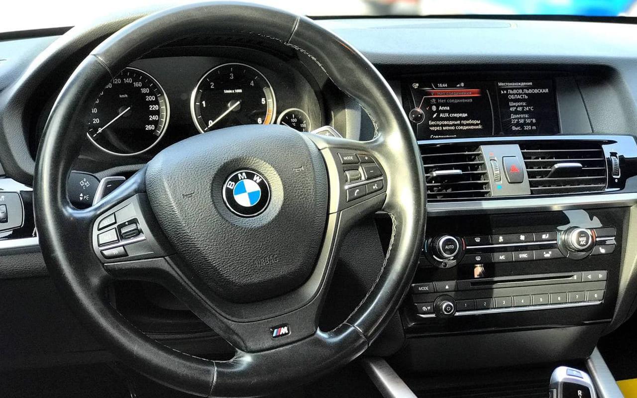 BMW X3 2015 фото №15