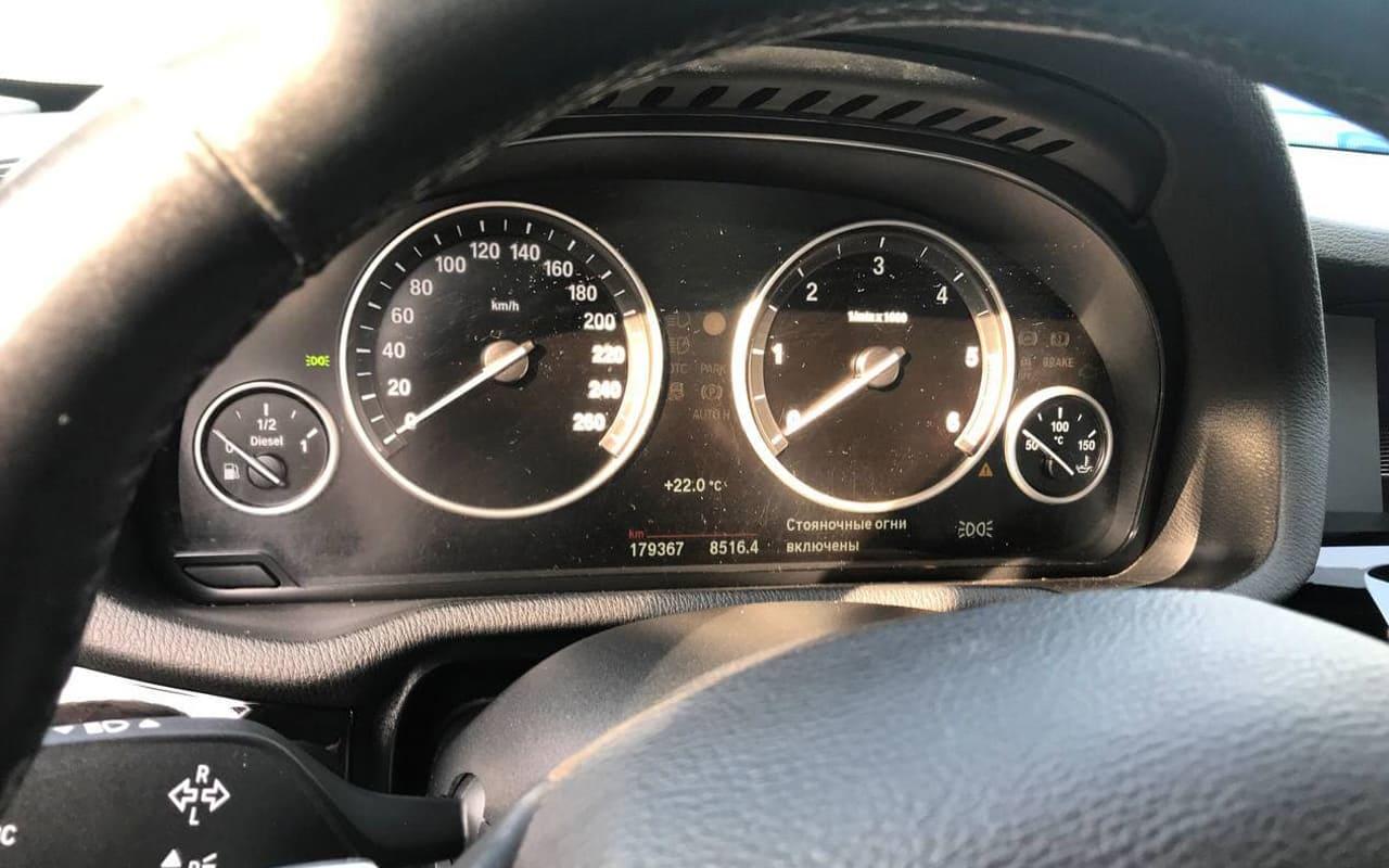 BMW X3 2015 фото №16