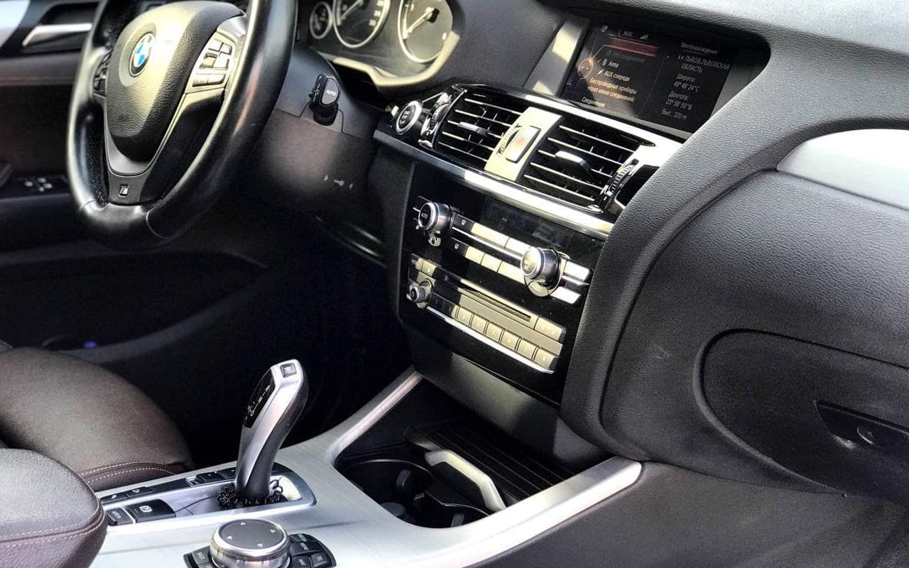 BMW X3 2015 фото №17