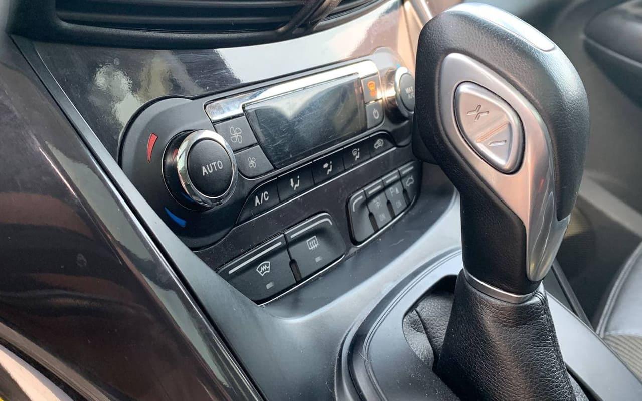 Ford Kuga 2014 фото №15