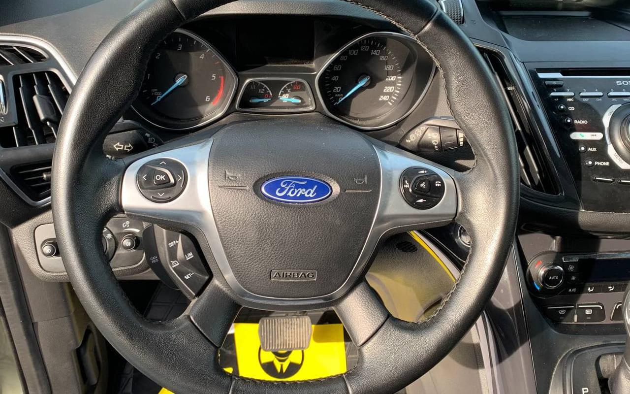 Ford Kuga 2014 фото №16