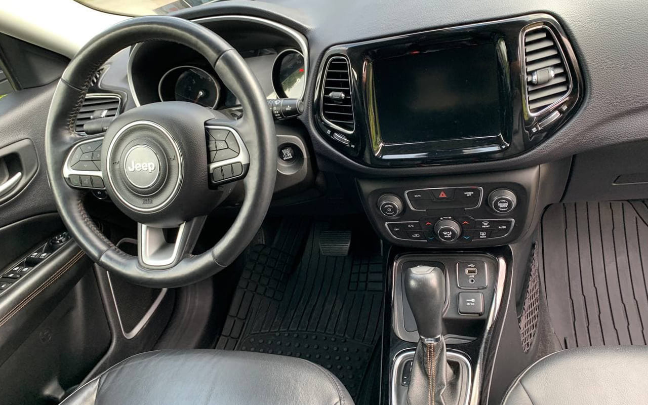 Jeep Compass Limited 2017 фото №15