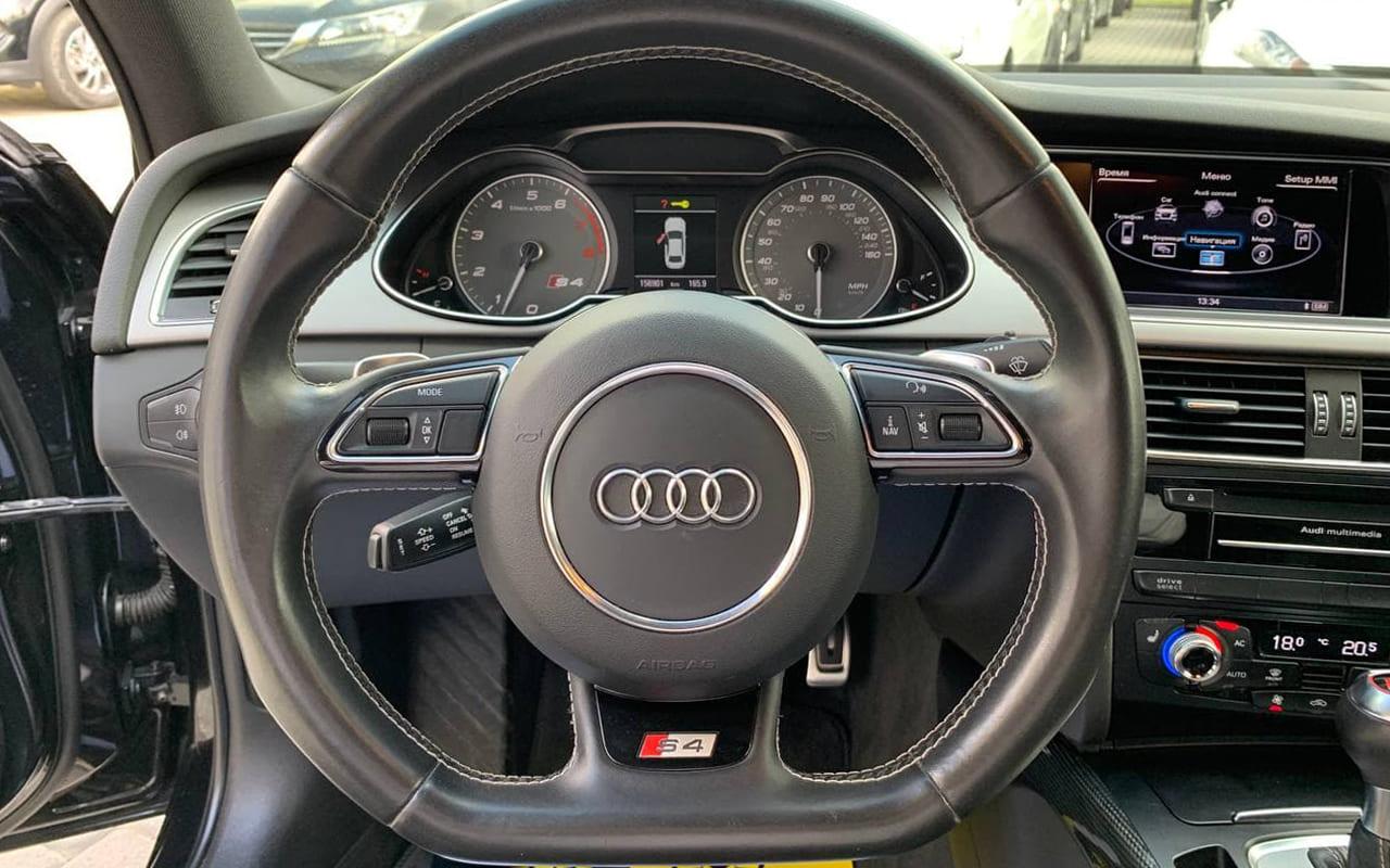Audi S4 2013 фото №18