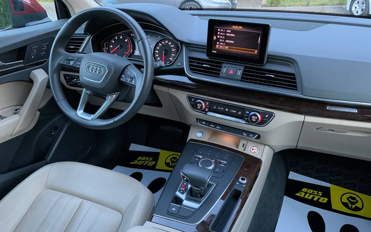 Audi Q5 2019 фото №16