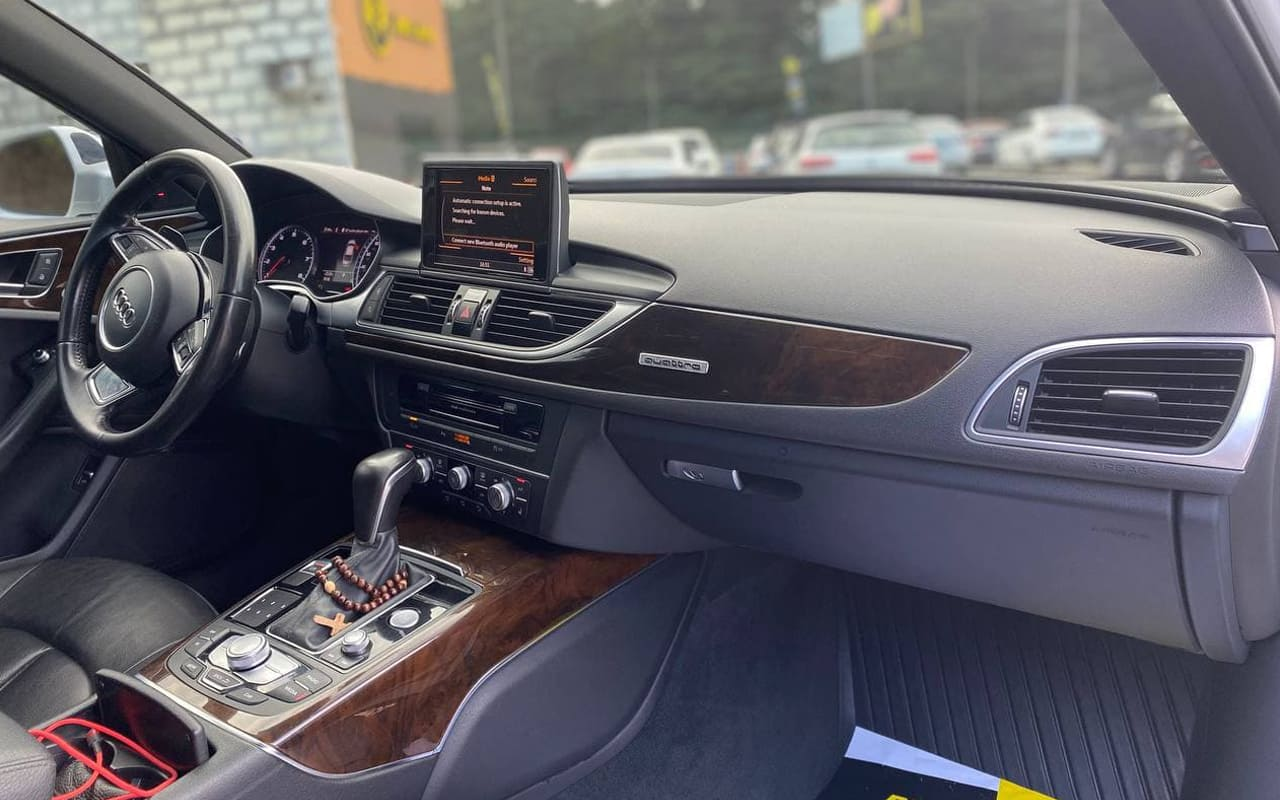 Audi A6 2016 фото №16