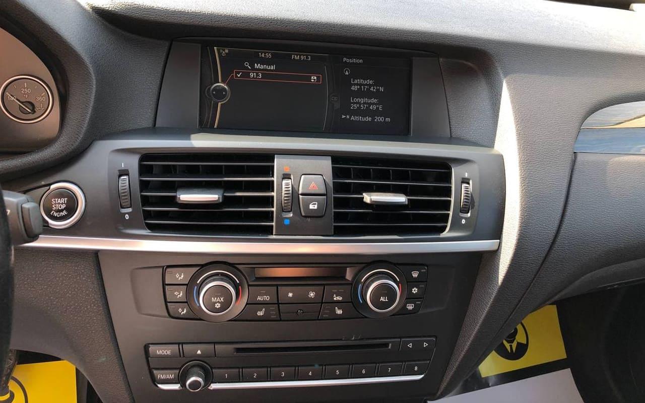 BMW X3 2012 фото №12