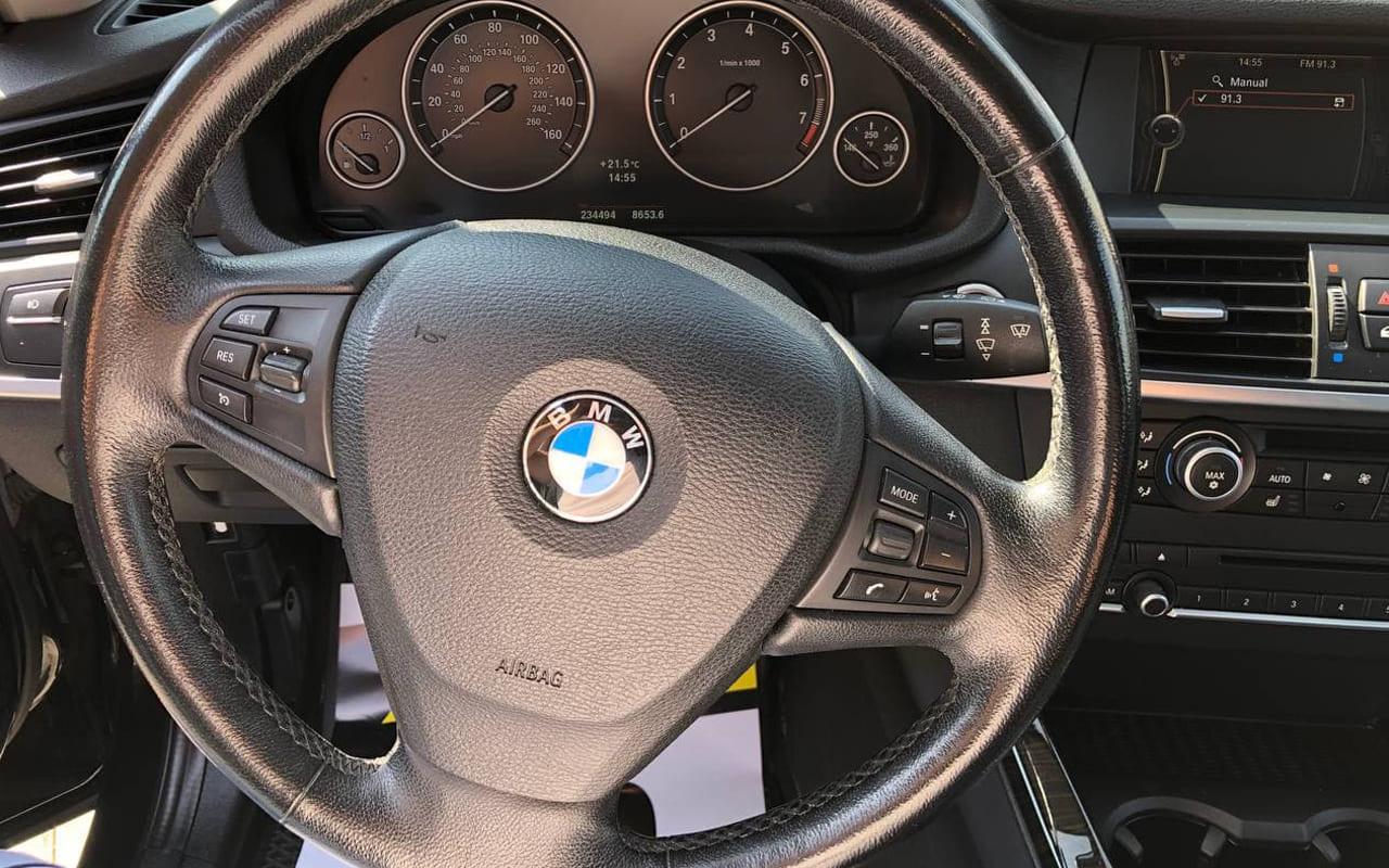 BMW X3 2012 фото №14