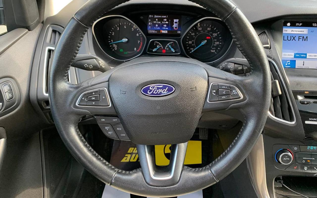 Ford Focus Titanium 2016 фото №18