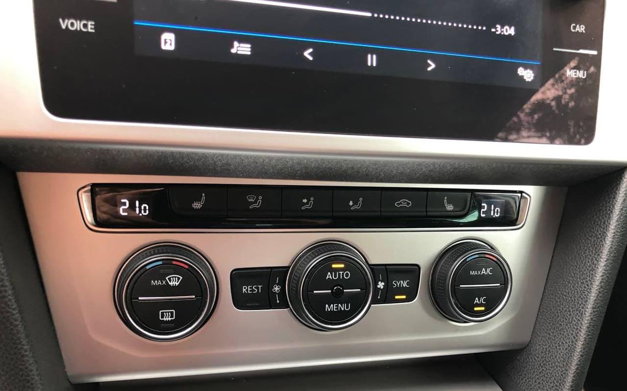 Volkswagen Passat 2018 фото №16