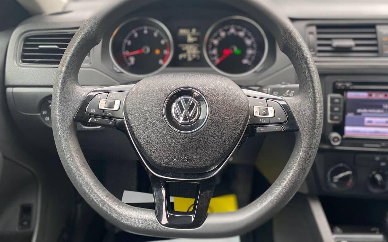 Volkswagen Jetta 2015 фото №15