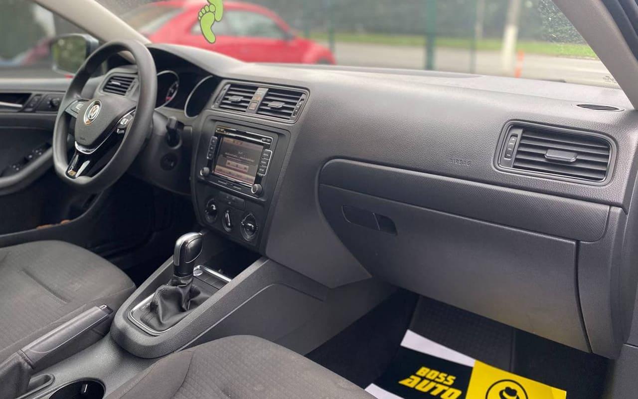Volkswagen Jetta 2015 фото №16