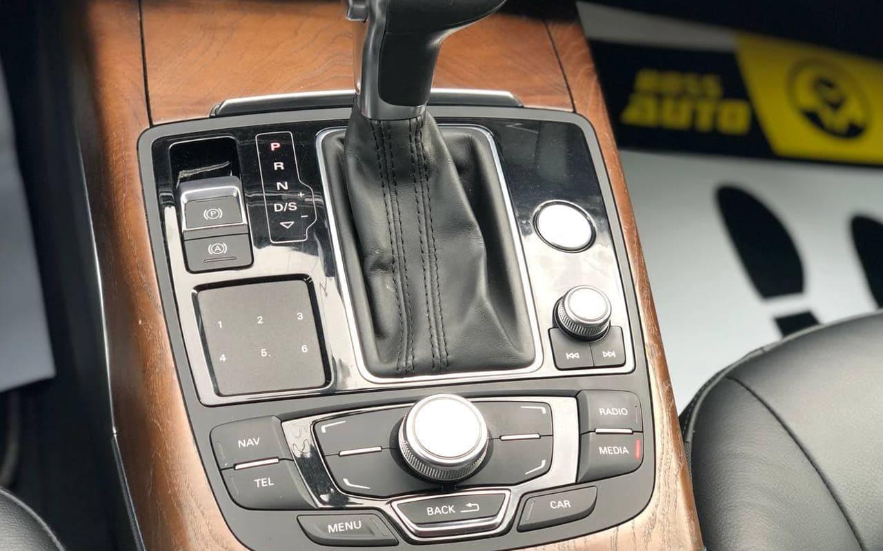 Audi A6 2011 фото №16