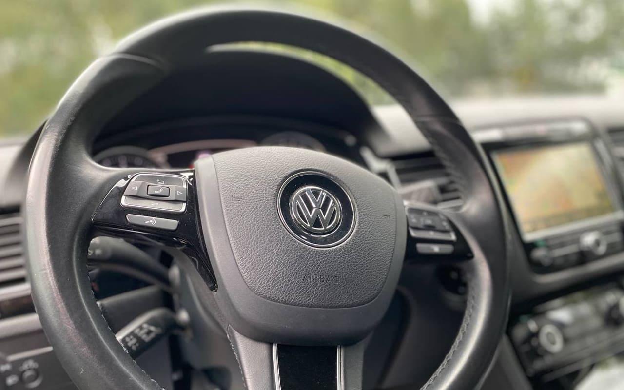 Volkswagen Touareg 2014 фото №16
