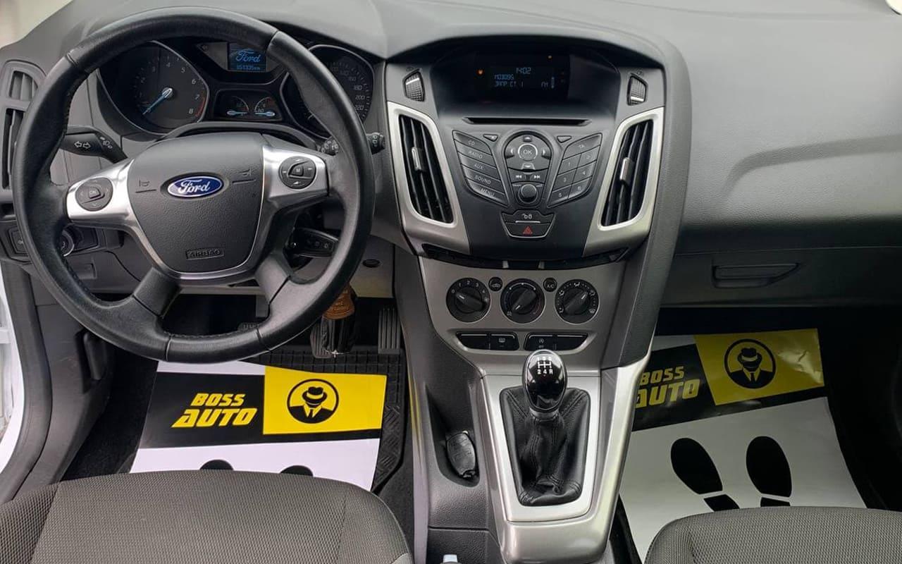 Ford Focus 2014 фото №11