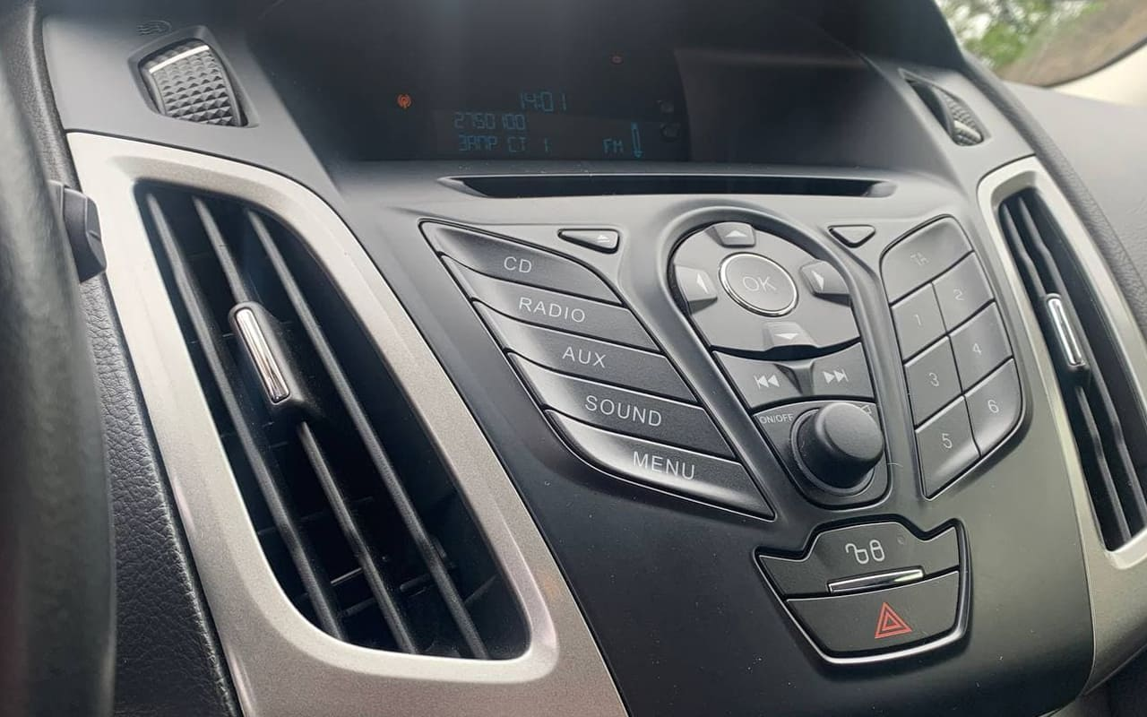 Ford Focus 2014 фото №12