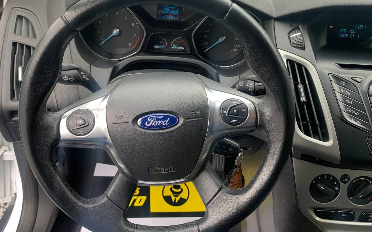 Ford Focus 2014 фото №14