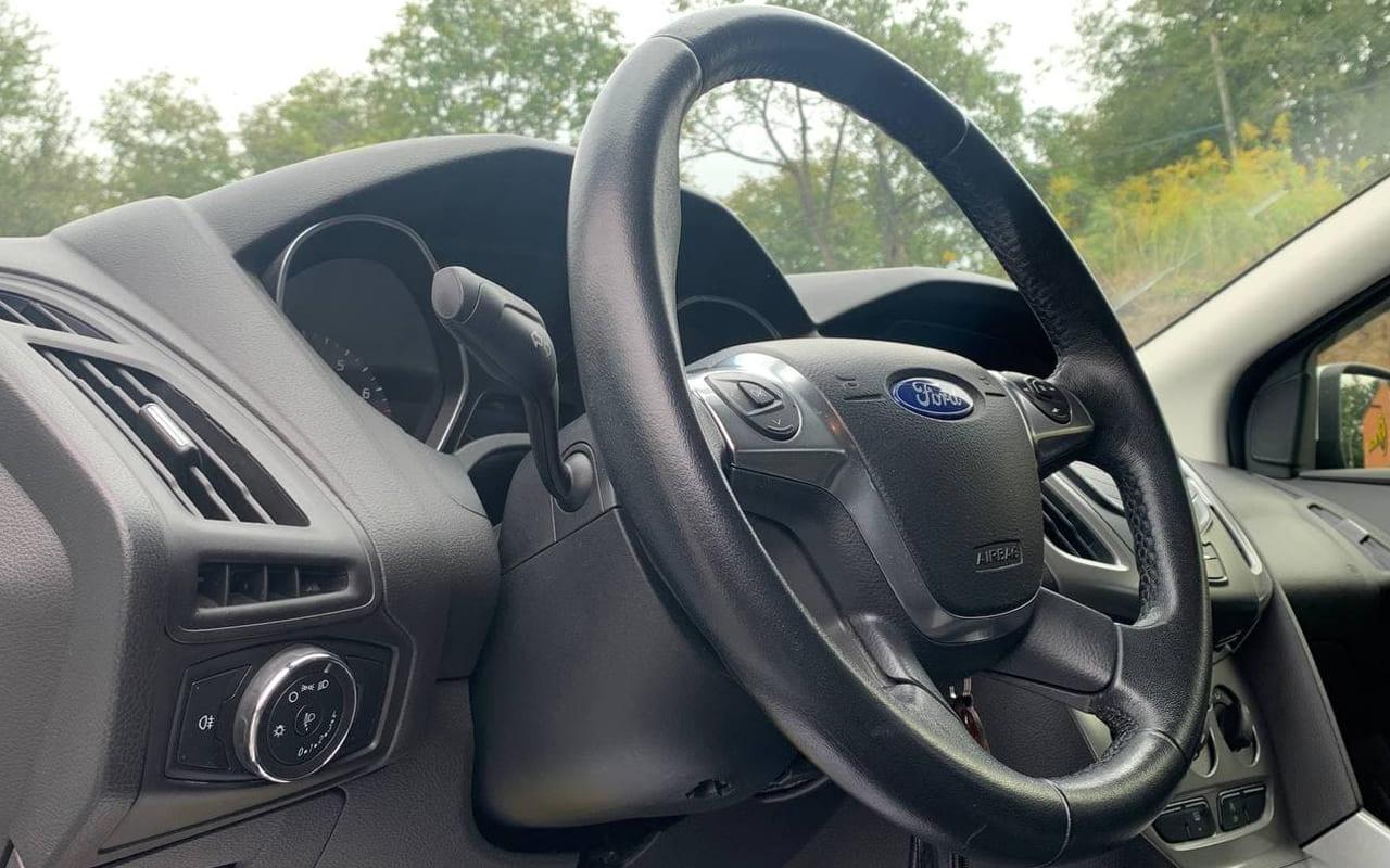 Ford Focus 2014 фото №15