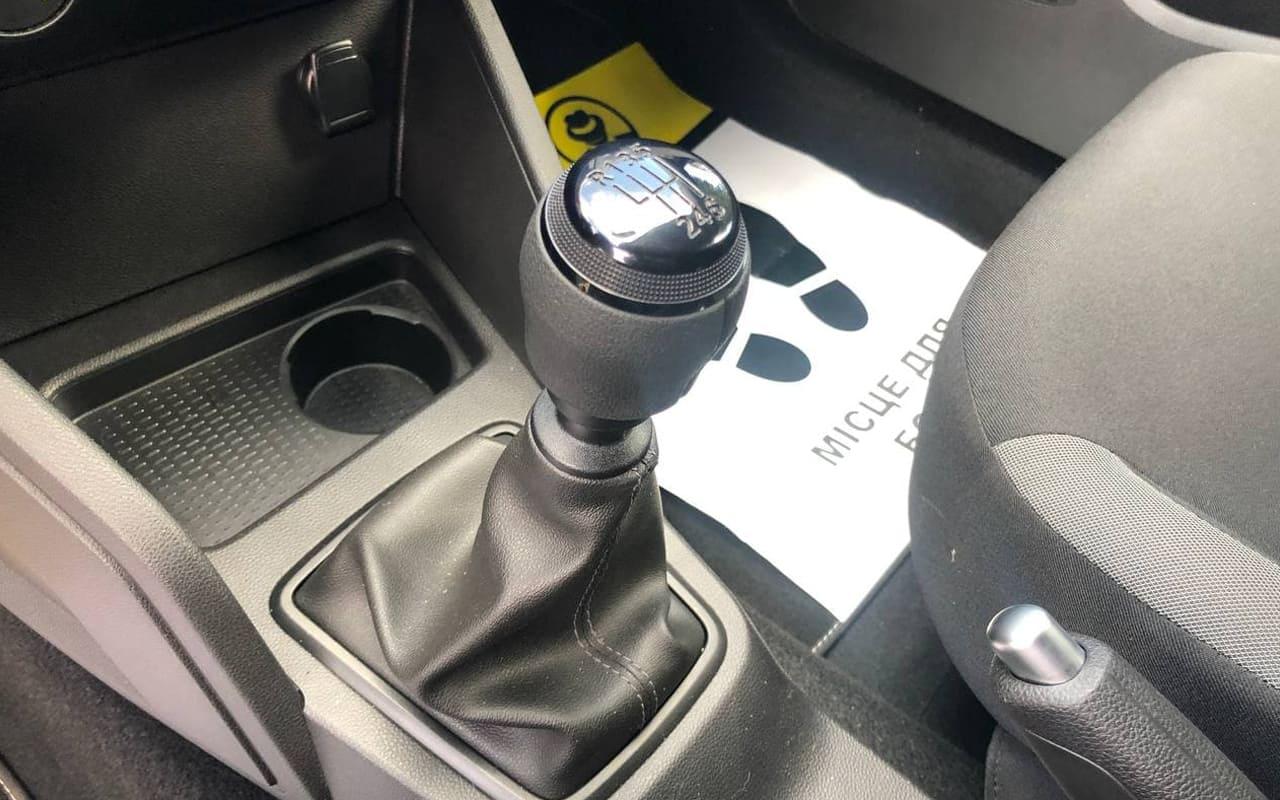 Dacia Duster 2020 фото №18
