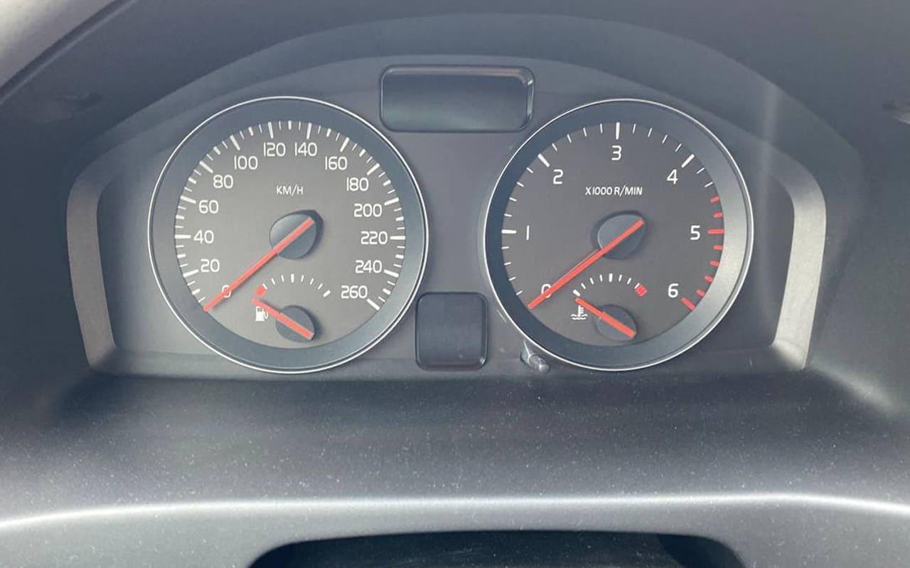 Volvo V50 2009 фото №17
