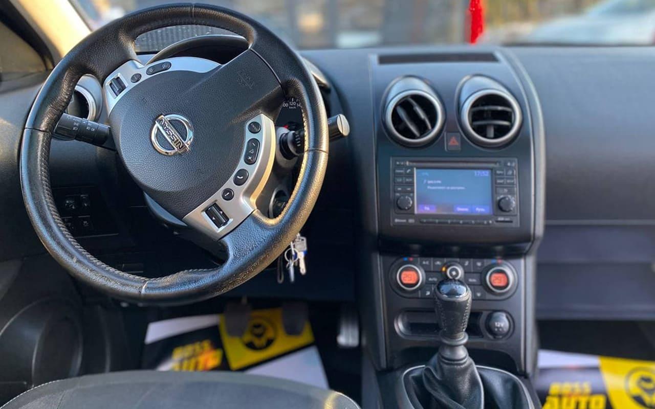 Nissan Qashqai+2 2010 фото №13