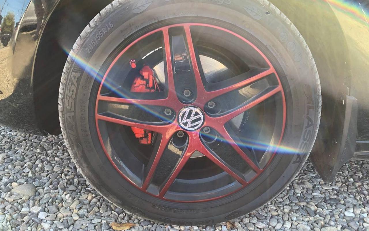 Volkswagen Jetta 2013 фото №20