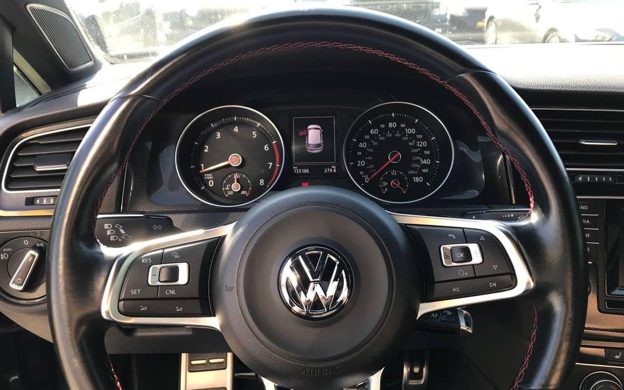 Volkswagen Golf GTI 2015 фото №14